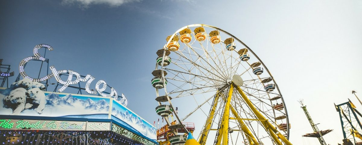3 Easy Ways To Save Money At Amusement Parks