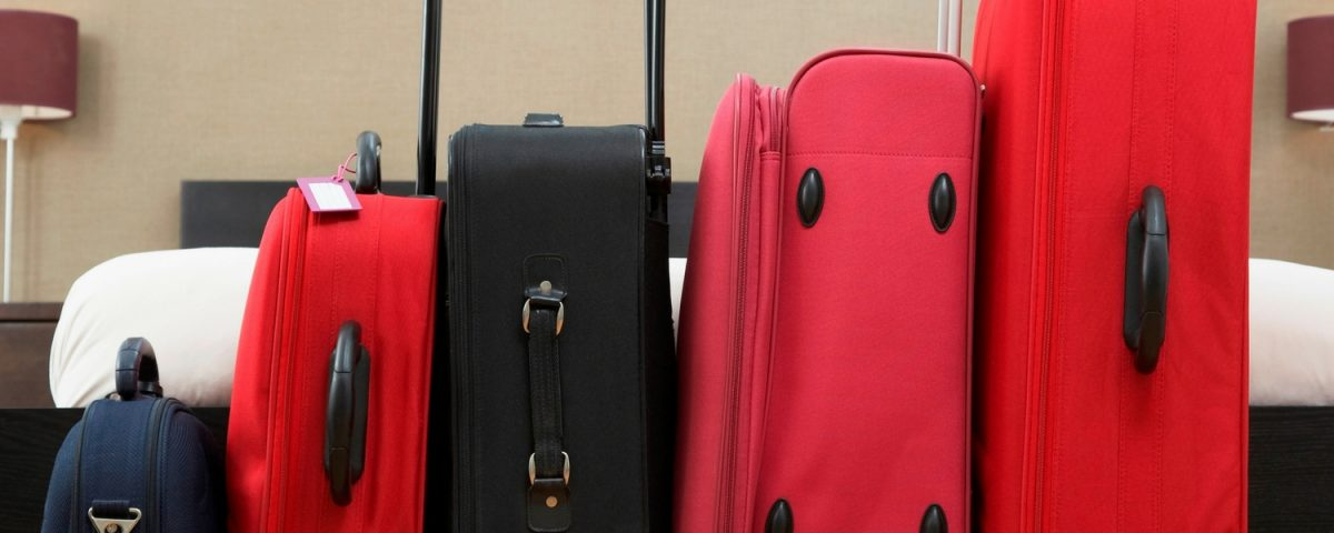5 Tips To Travel Without Checking Luggage Ever Again